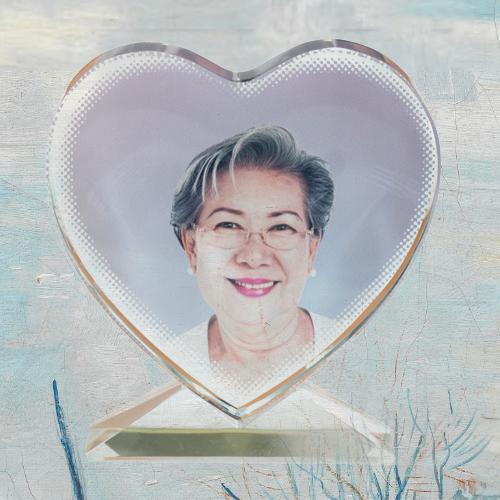 Glas gedenkteken hartje