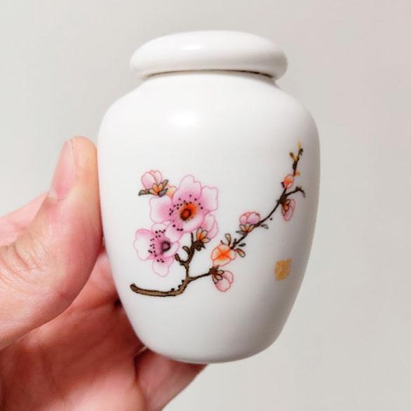 Kleine Mini Urn Van Keramiek Potje Voor As Met Bloemen Roze